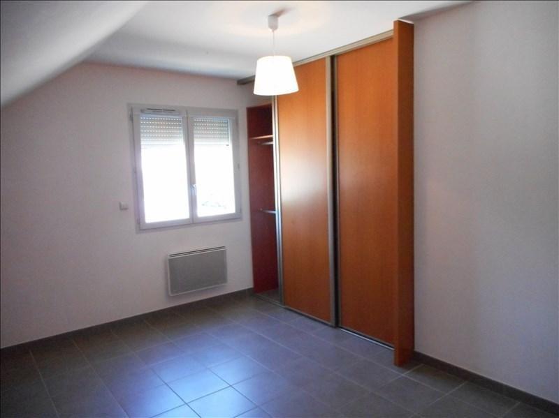 Rental house / villa St geoire en valdaine 851€ CC - Picture 5