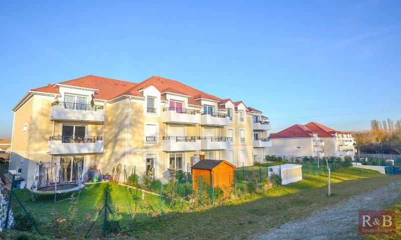 Sale apartment Plaisir 255000€ - Picture 1