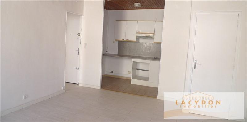 Location appartement Marseille 4ème 520€ CC - Photo 2