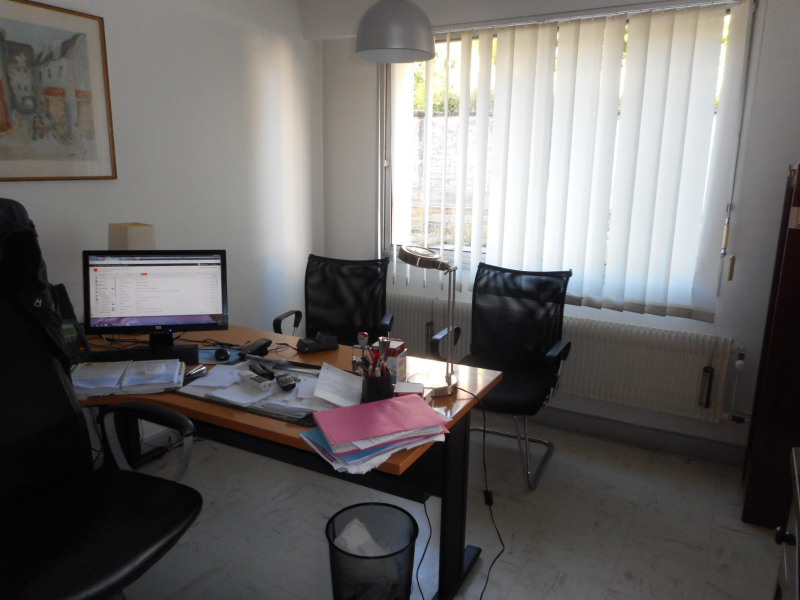 Vente appartement Lons-le-saunier 105000€ - Photo 2