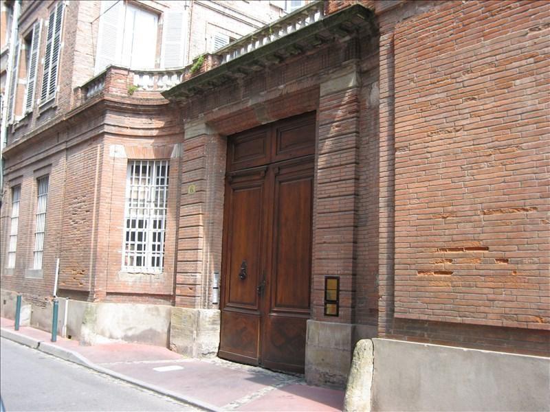 Rental parking spaces Toulouse 150€ CC - Picture 1
