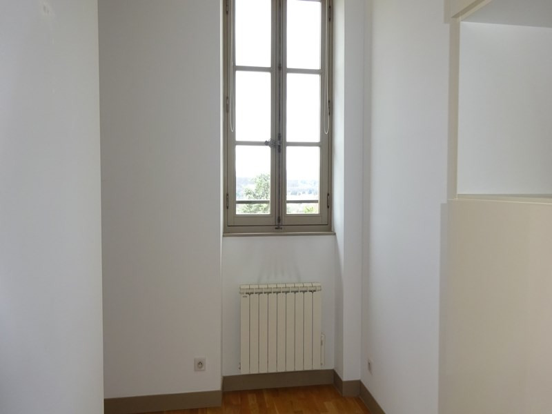Location appartement Sainte-foy-lès-lyon 711€ CC - Photo 7