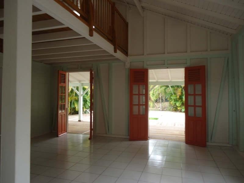 Sale house / villa Ste anne 215000€ - Picture 1