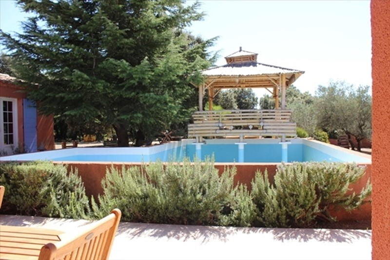 Vente de prestige maison / villa Lauris 560000€ - Photo 1