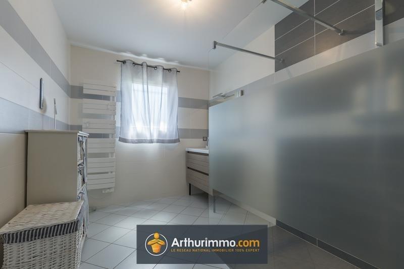 Sale house / villa Morestel 313000€ - Picture 8