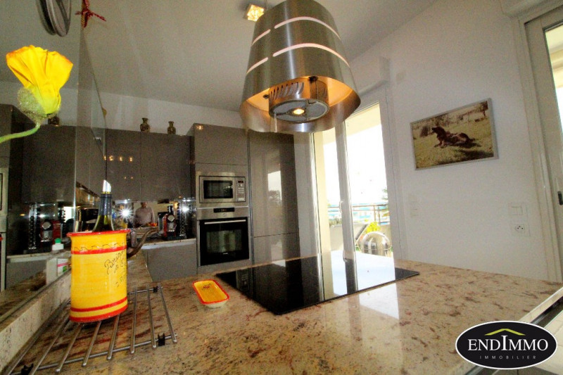 Deluxe sale apartment Antibes 730000€ - Picture 4