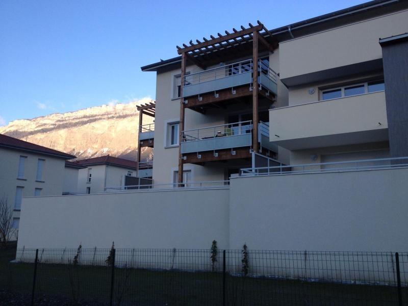 Location appartement Saint ismier 829€ CC - Photo 6