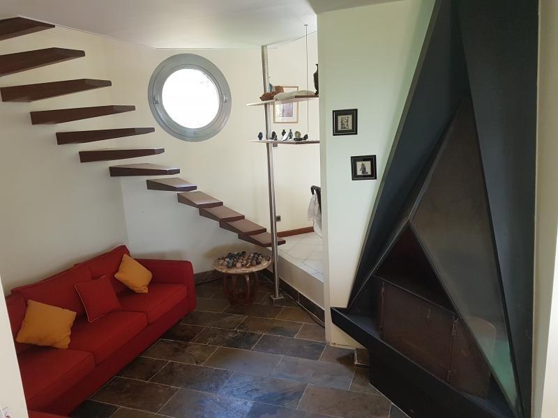 Deluxe sale house / villa La possession 785000€ - Picture 5