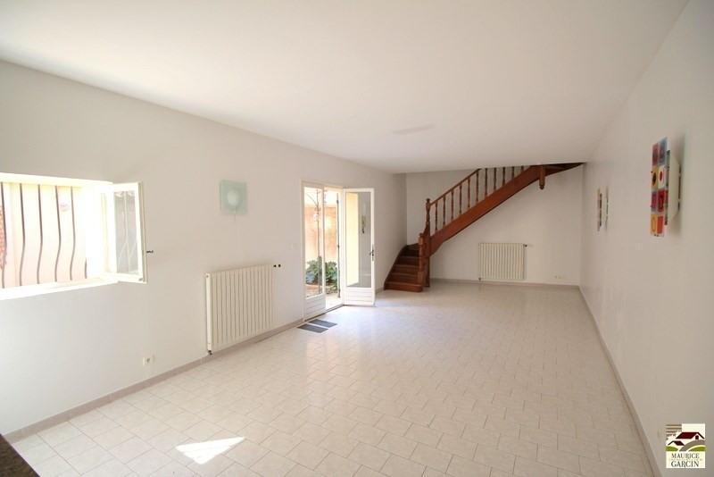 Location maison / villa Cavaillon 795€ CC - Photo 3