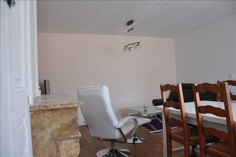 Sale apartment Oyonnax centre 115000€ - Picture 1