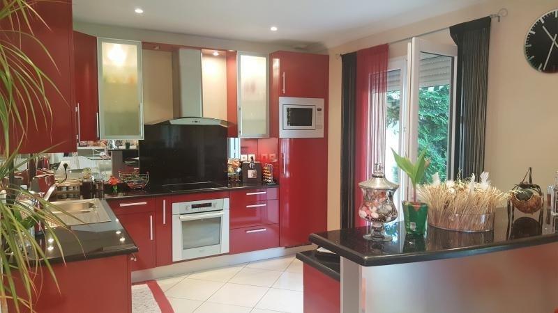 Sale house / villa Chennevieres sur marne 530000€ - Picture 3