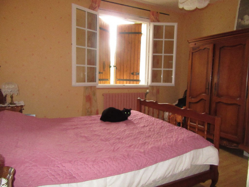 Sale house / villa Champcevinel 265000€ - Picture 7