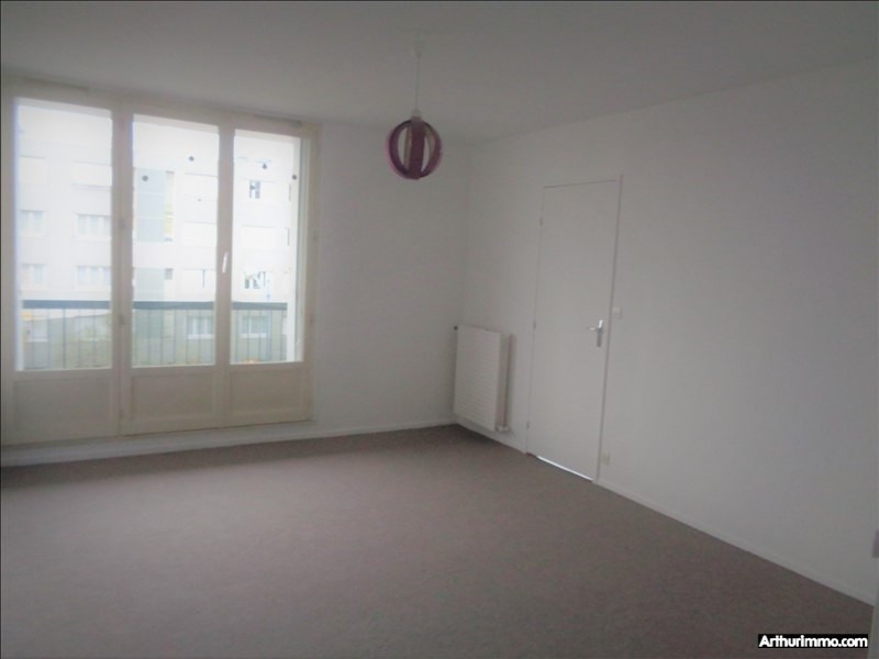 Rental apartment Fleury les aubrais 742€ CC - Picture 4