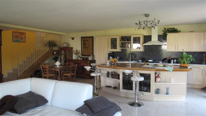 Vente maison / villa Saint-jean-d'angély 263700€ - Photo 8