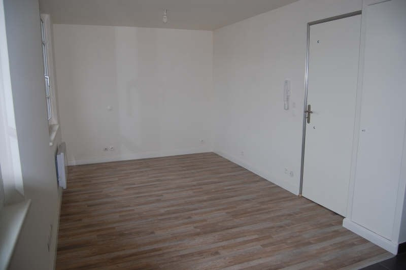 Rental apartment Juvisy sur orge 538€ CC - Picture 2