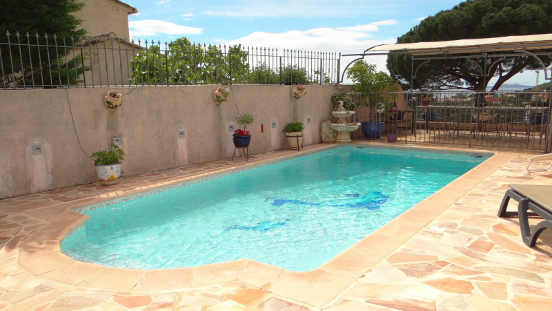 Vacation rental house / villa Cavalaire sur mer 3 000€ - Picture 2