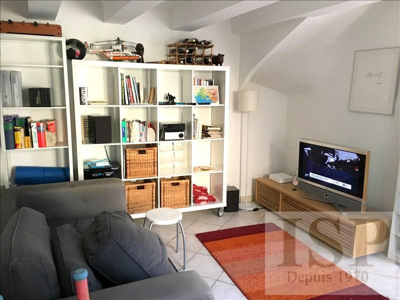 Rental house / villa Les milles 1 229€ CC - Picture 1
