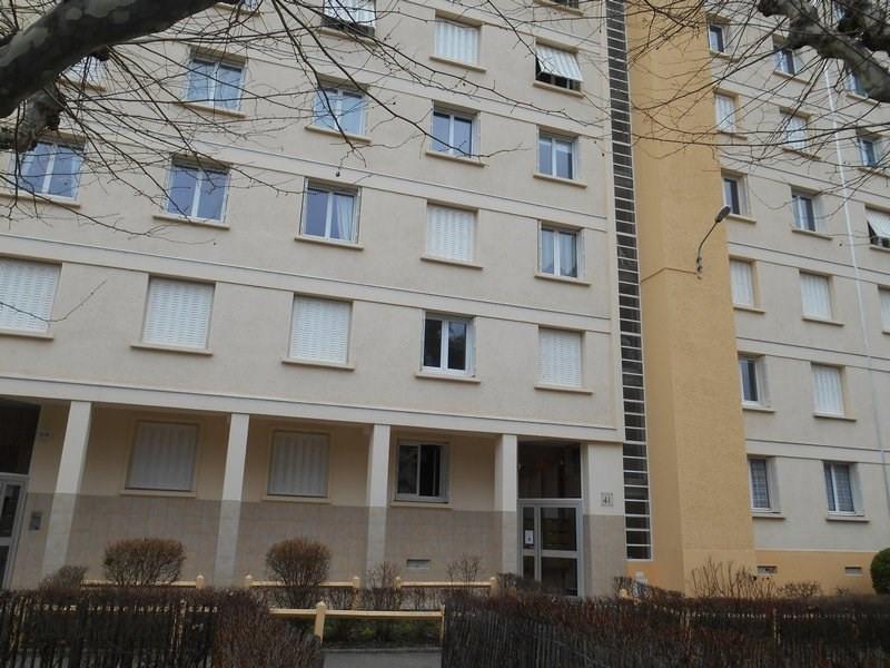 Location appartement Ste foy les lyon 695€ CC - Photo 9