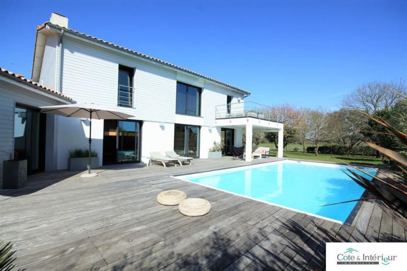 Deluxe sale house / villa Talmont st hilaire 790000€ - Picture 2