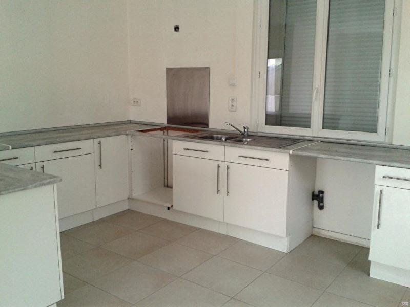 Rental apartment Toulon 742€ CC - Picture 7