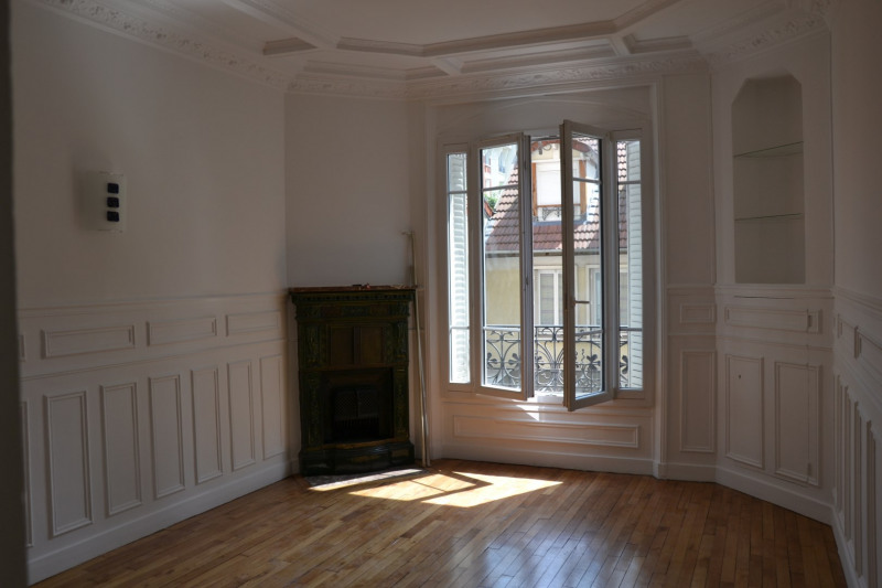 Location appartement Colombes 1310€ CC - Photo 1