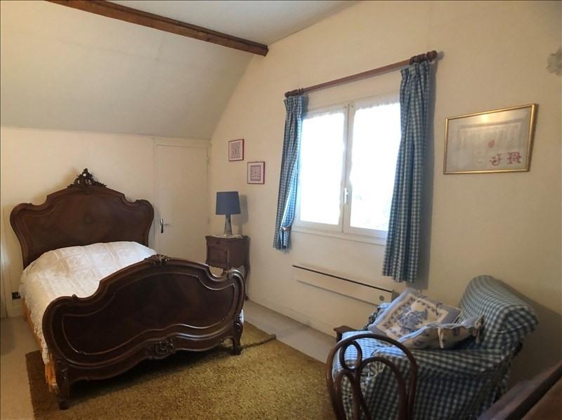 Sale house / villa Montfort l amaury 398000€ - Picture 5