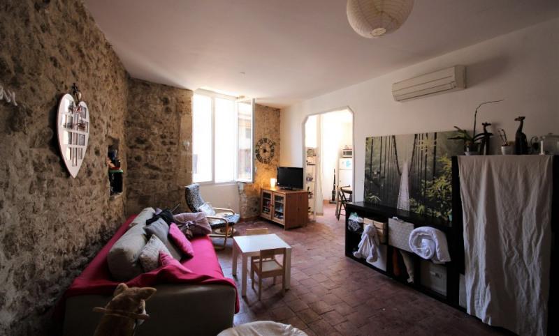 Rental apartment Lambesc 700€ CC - Picture 2