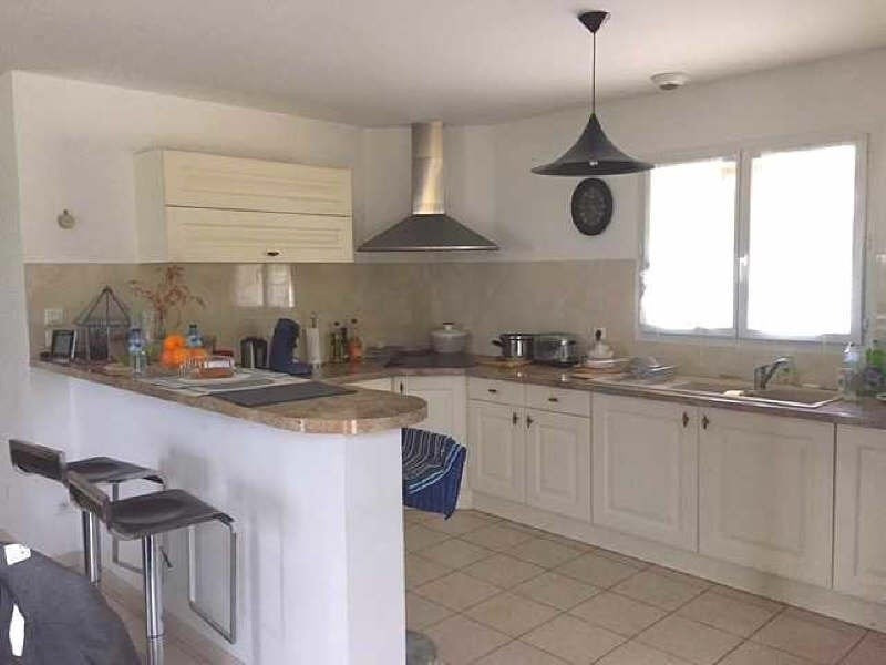 Vente maison / villa St genix sur guiers 279000€ - Photo 3