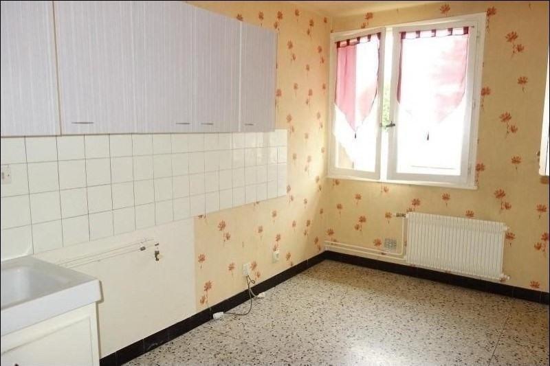 Rental apartment Le coteau 360€ CC - Picture 2