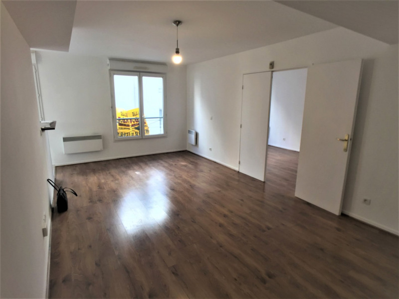 Rental apartment Nogent-sur-marne 930€ CC - Picture 2