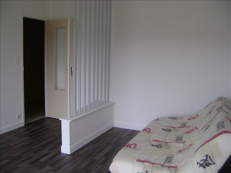 Location appartement Auxerre 447€ CC - Photo 3