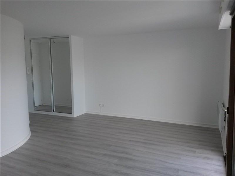 Rental apartment Boulogne billancourt 934€ CC - Picture 1
