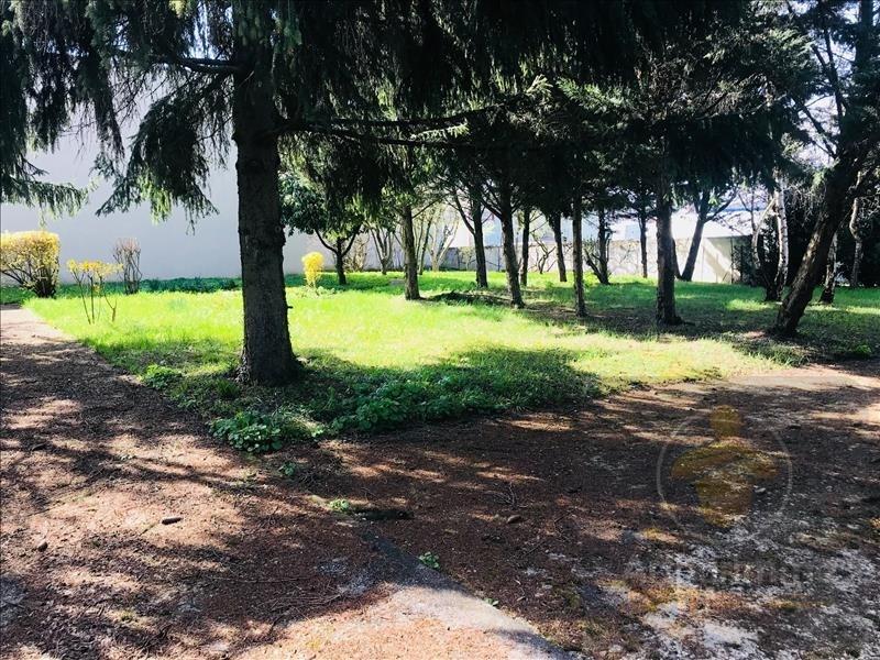 Investment property house / villa Montfermeil 848000€ - Picture 3