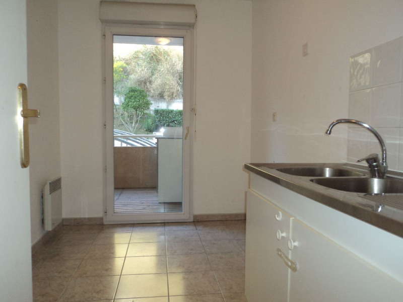Rental apartment Menton 690€ CC - Picture 8