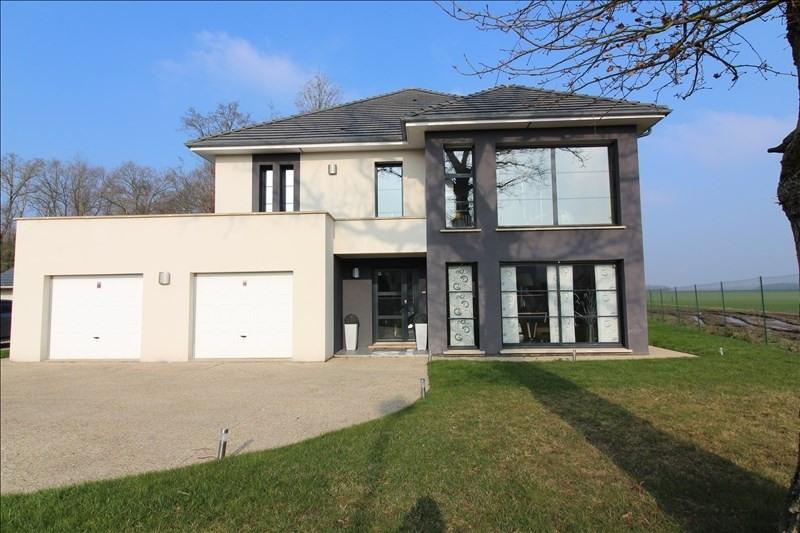 Deluxe sale house / villa Chartres 589500€ - Picture 1
