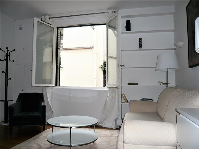 Rental apartment Paris 7ème 1 275€ CC - Picture 2