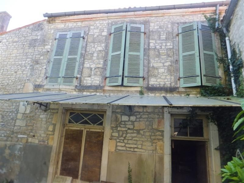 Sale house / villa St jean d angely 138 450€ - Picture 3