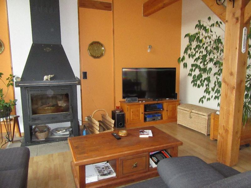 Sale house / villa Biras 174900€ - Picture 1