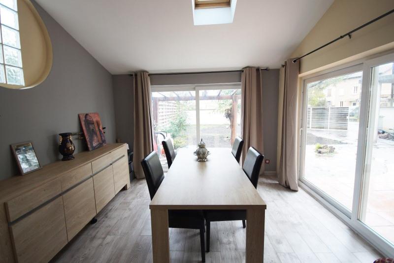 Vente maison / villa Bourgoin jallieu 240000€ - Photo 2