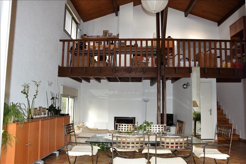 Location maison / villa Quint 1500€ +CH - Photo 2