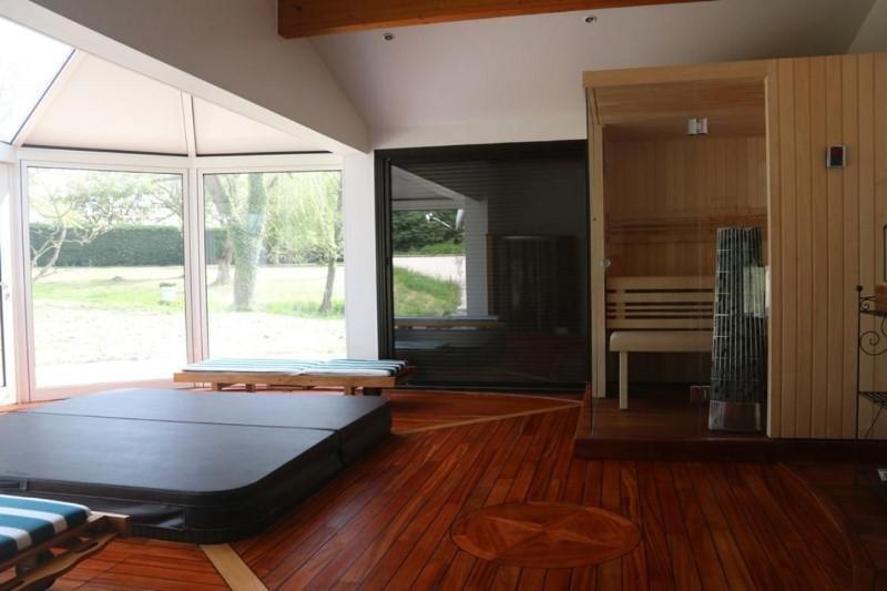 Vente de prestige maison / villa Saint-vincent-de-boisset 832000€ - Photo 9