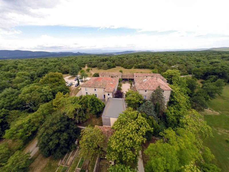 Deluxe sale house / villa Barjac 2 300 000€ - Picture 1
