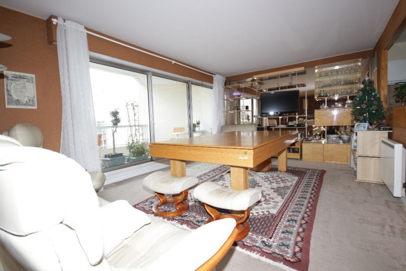 Sale apartment Courbevoie 638600€ - Picture 4