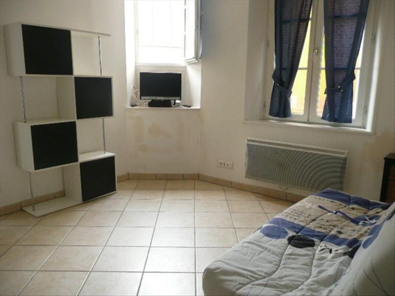 Location appartement Aubigny sur nere 410€ CC - Photo 1