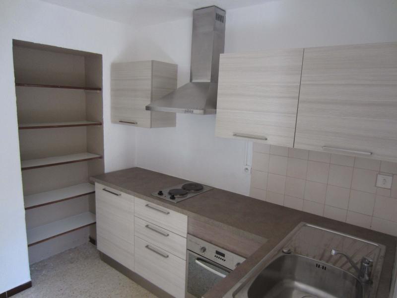 Rental apartment Les lones 450€ CC - Picture 2