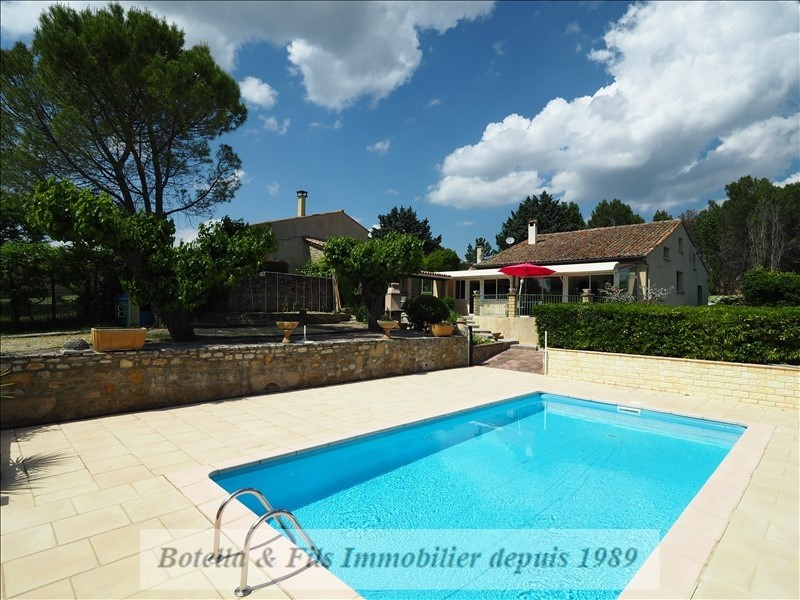 Sale house / villa Barjac 473700€ - Picture 1