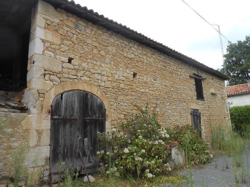 Sale house / villa Guizengeard 37000€ - Picture 2