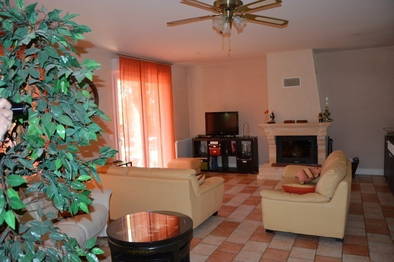 Vente maison / villa Figeac 254 000€ - Photo 3