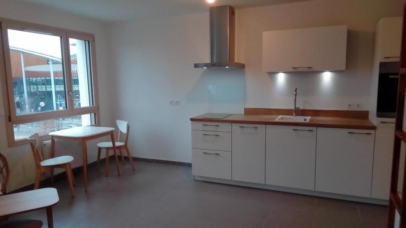 Location appartement Lyon 2ème 840€ CC - Photo 3