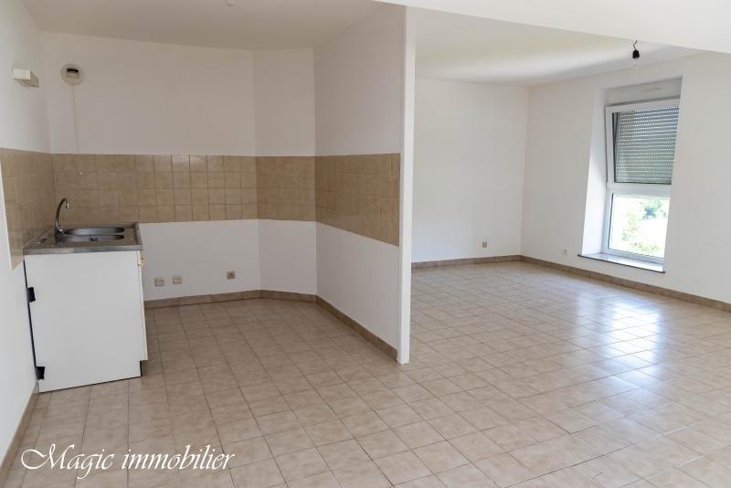 Rental apartment Izernore 465€ CC - Picture 3